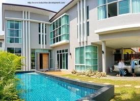 清迈·SANSAI3 : 清迈城市游泳池别墅