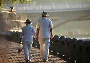 客户亲历:退休后,泰国生活让我没时间变老-有绿卡