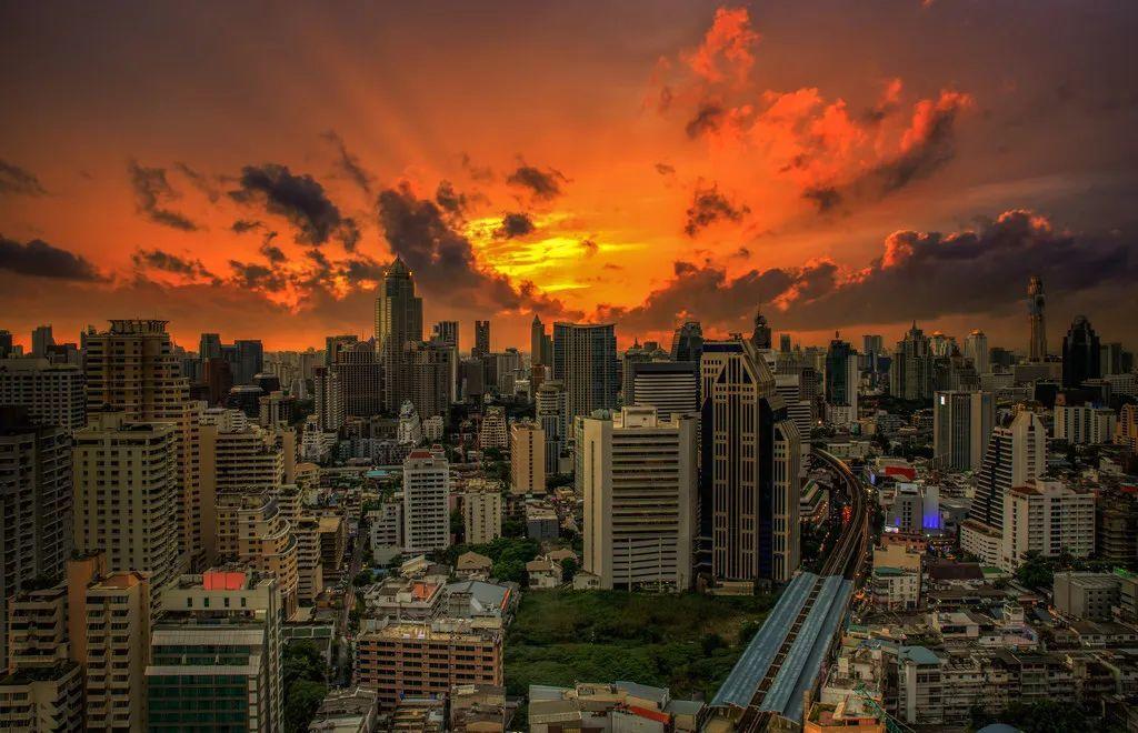 绿卡避坑指南丨拿到泰国养老签后我能在当地工作,加入社保吗?
