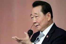 泰国首富谢国民:25岁失业靠养鸡起家,如今身家上千亿,公司跻身世界500强-有绿卡