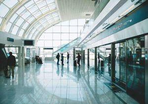日本发布新通知:这几类外国人可以入境,在留资格有效期延长-有绿卡