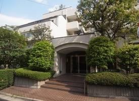 东京市··赤坂新坂ハウス