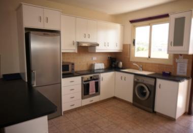 塞浦路斯帕福斯-精装两室公寓
