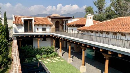 危地马拉-向阳暖房