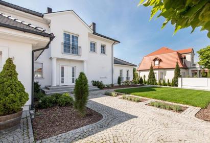 波兰-华沙高层景观公寓