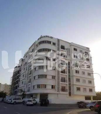Oman-Swimming pool apartment