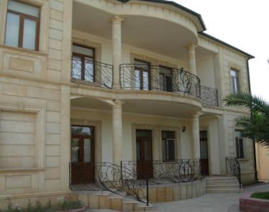 阿塞拜疆-西班牙风临海别墅