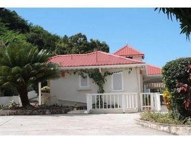 阿尔及利亚-圣玛丽教区安提瓜