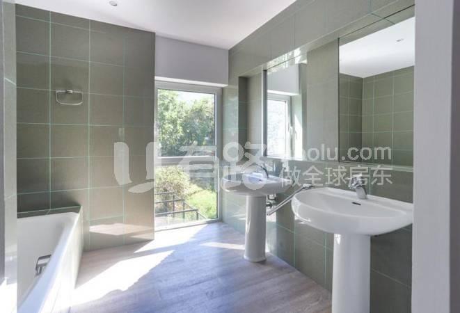 Andorra-Single Garden Villa