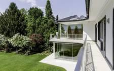 Germany-Downtown Garden Villa