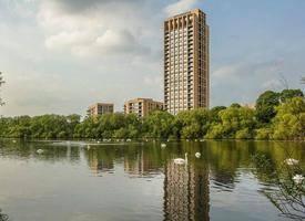 London·Hendon Waterside