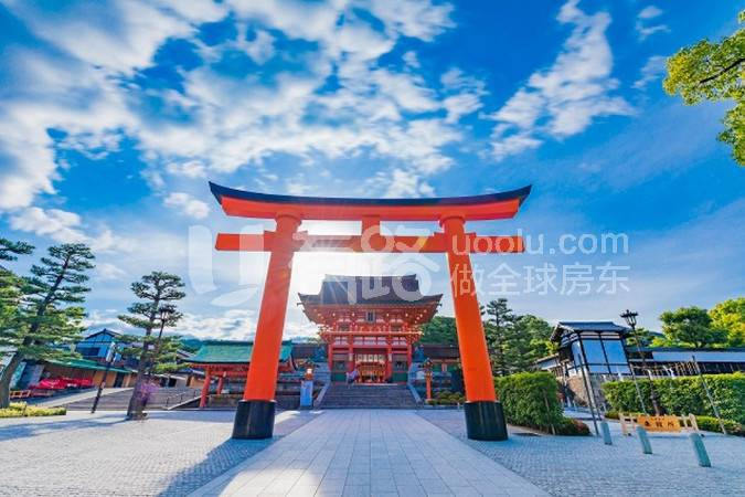 JapanKyoto-1280 meters from Fushimi Inari University, one of the most famous tourist spots in Japan