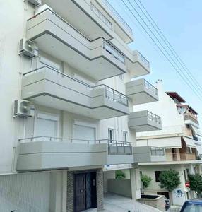 希腊-比港轻奢公寓