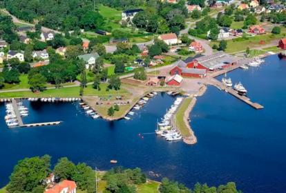 瑞典-3层木质别墅