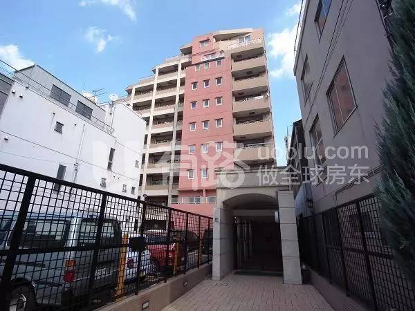 Japan-Apartments in Shinjuku, Tokyo | Lively Convenient Living District in Kagurazaka Business District