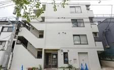 日本-Apartment in Shinjuku, Tokyo | Small apartment with direct access to two bustling stations around Shinjuku