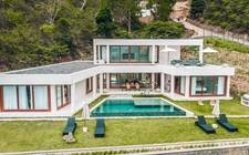 インドネシアロンボク-Royal Coast Villa
