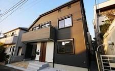 JapanTokyo-3-chome, Matsubara, Setagaya-ku A residence where the luxurious sunlight shines in your living space